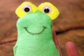 Felt Frog Finger Puppet